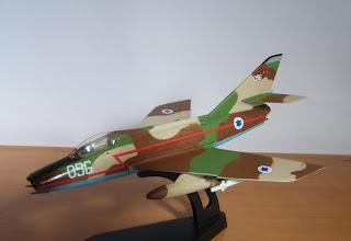 maqueta estática Dassault Super Mystere B.2 de Italeri 1:100 ejercito del aire de Israel