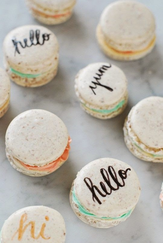 12 Party Ways To Use Calligraphy; macarons
