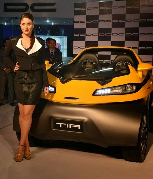 Kareena at Indian Auto Expo to unveiled the two seater Tia small car by DC