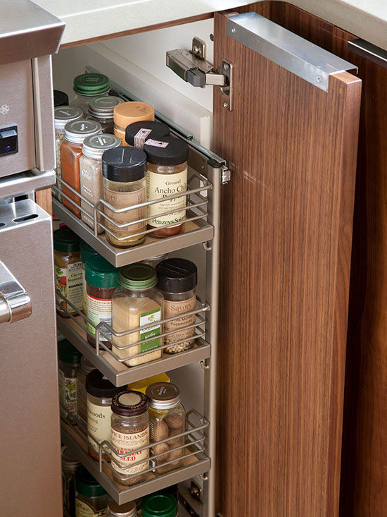 11 clever ways to organize spices organizing made fun for Narrow kitchen cupboard ideas