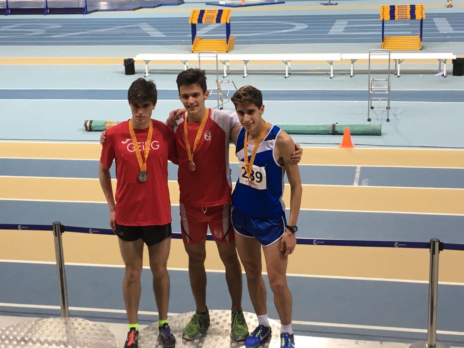 Campió de Catalunya Juvenil de Pista Coberta de 800 m.ll.