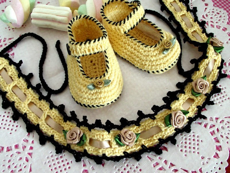 Crochet Baby Shoes & Headband