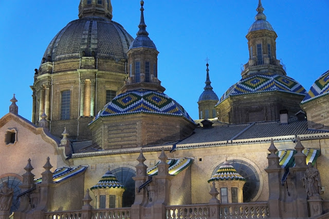 basilica of our lady of pillar zaragoza