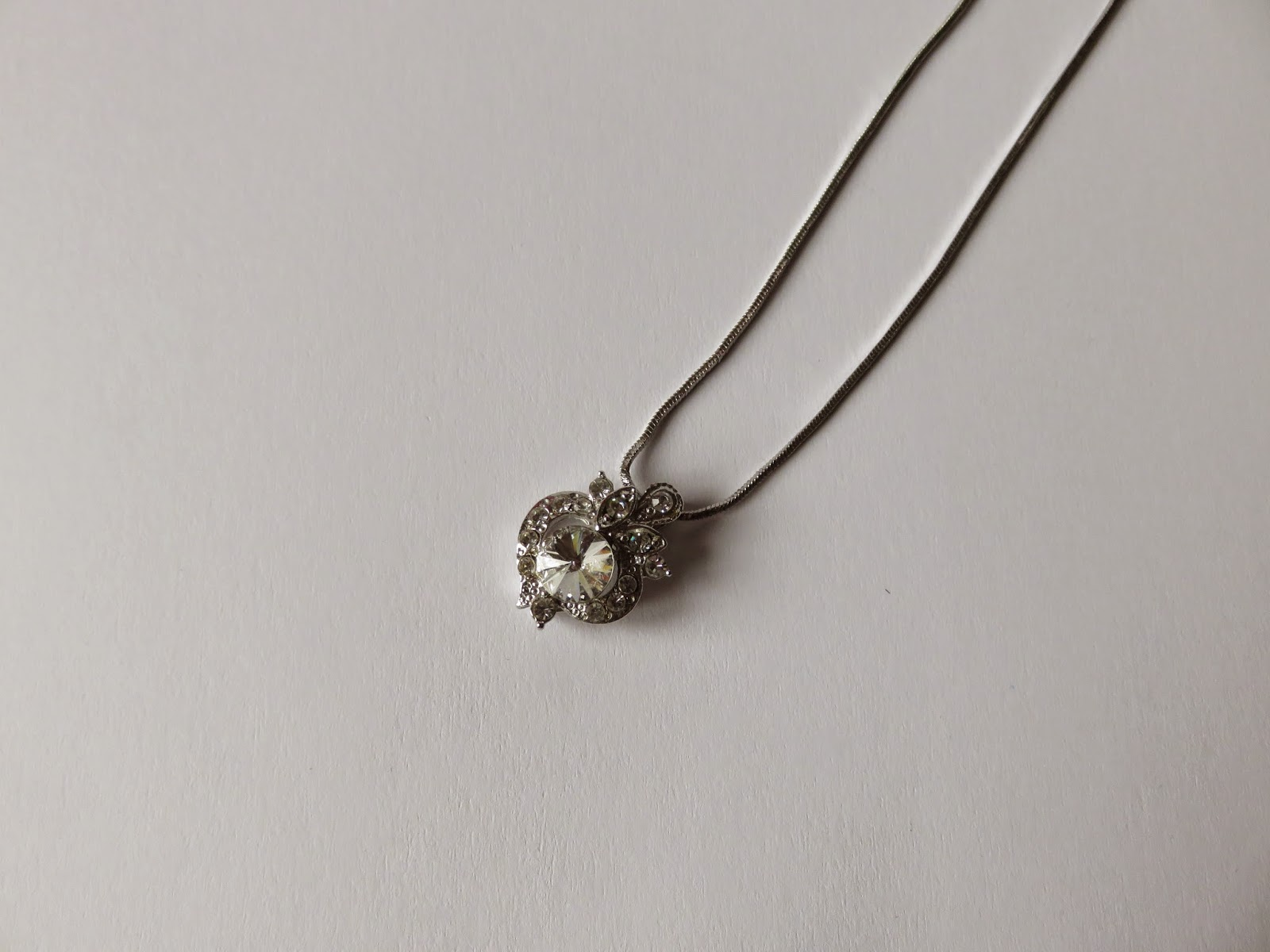 nep diamanten ketting fake diamond necklace
