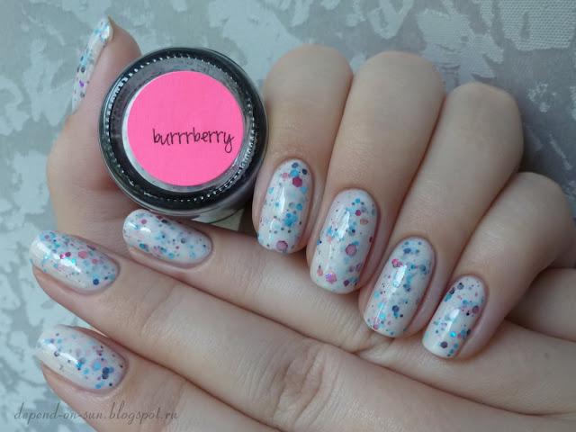 Jindie nails Burrrberry