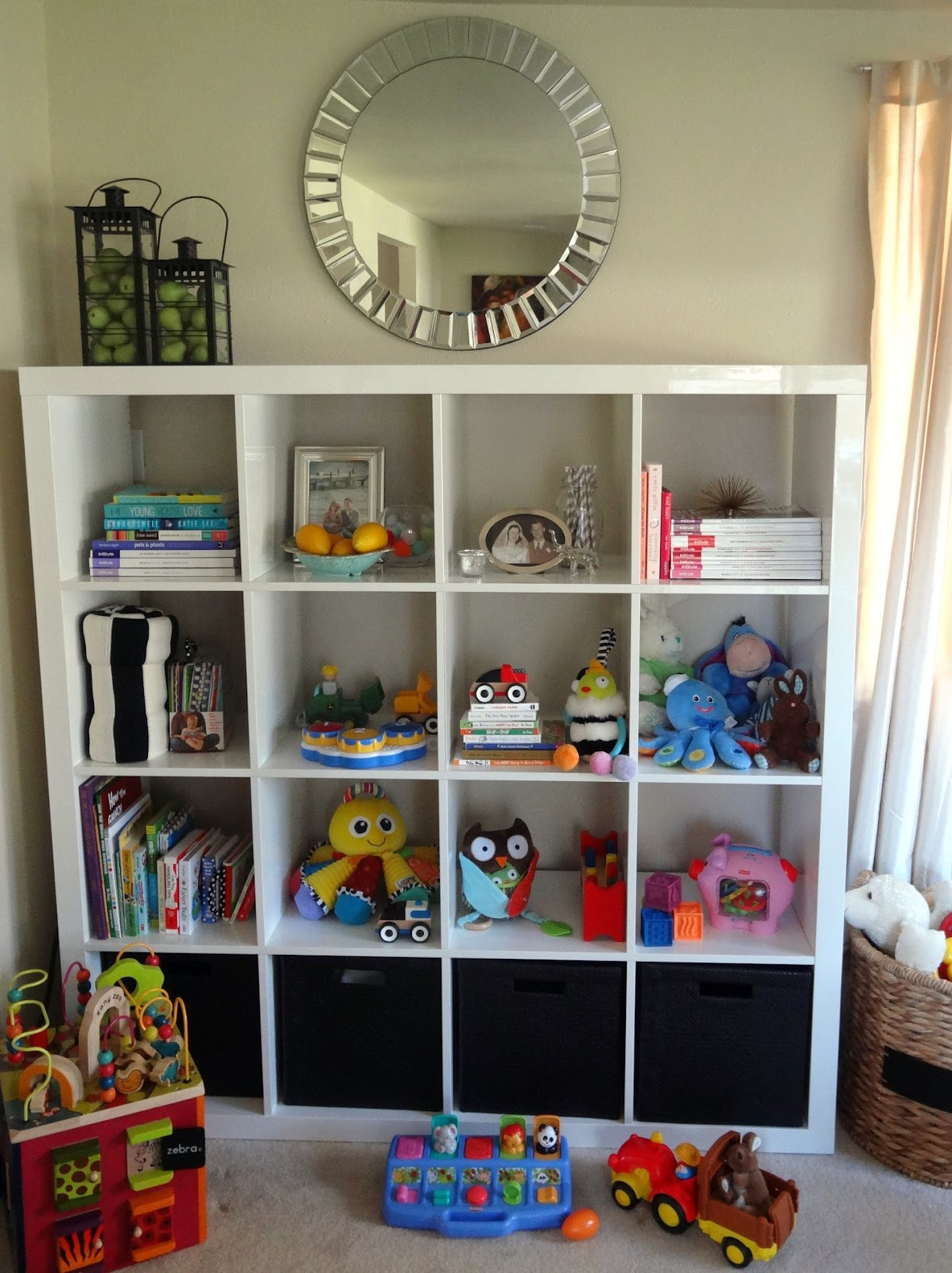 ikea expedit in the playroom schue love. Black Bedroom Furniture Sets. Home Design Ideas