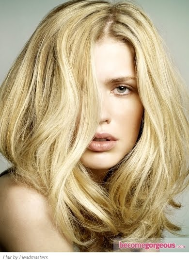 Soft beige blonde tones work best on paler skin tones and hair that