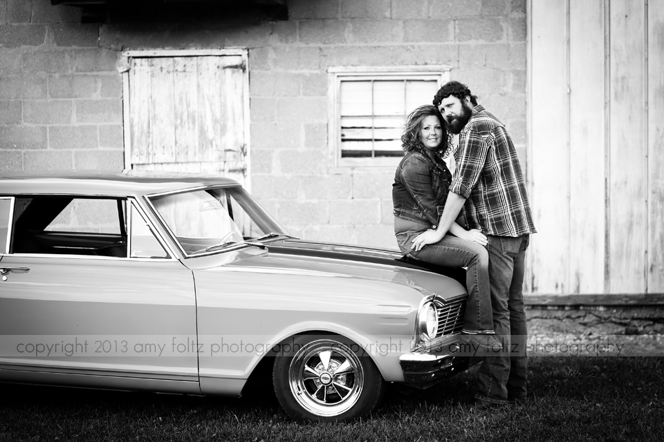 black and white photo of couple with car - Terre Haute Lifestyle Photographer