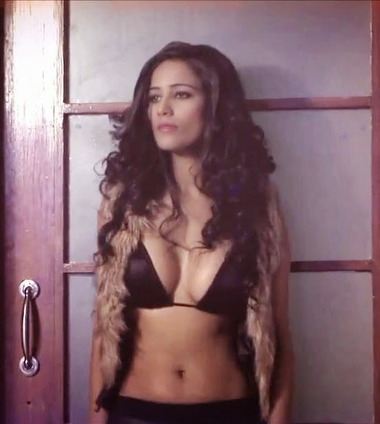 Poonam Pandey Hot and Sexy Private Photos mms