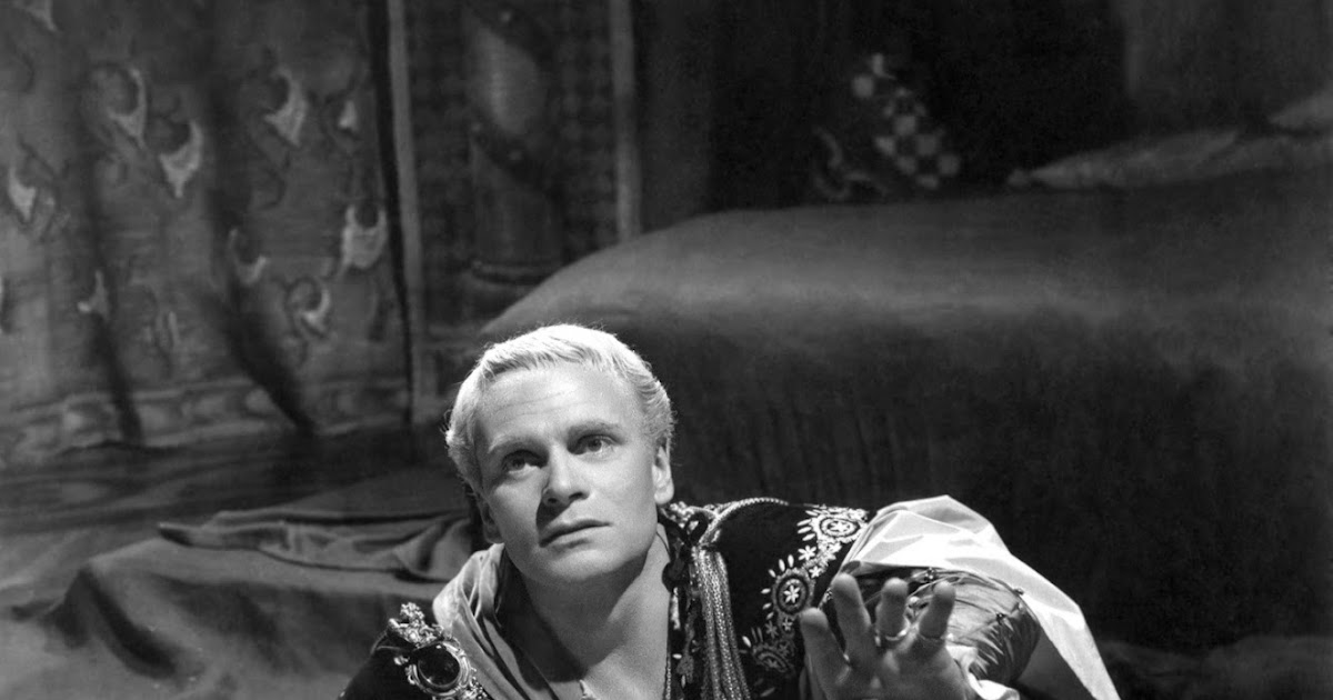 rhetoric in shakespeare s hamlet Famous speeches from shakespeare's plays  this is not necessarily so, but it is certainly true of hamlet he does not, by the way, kill himself.