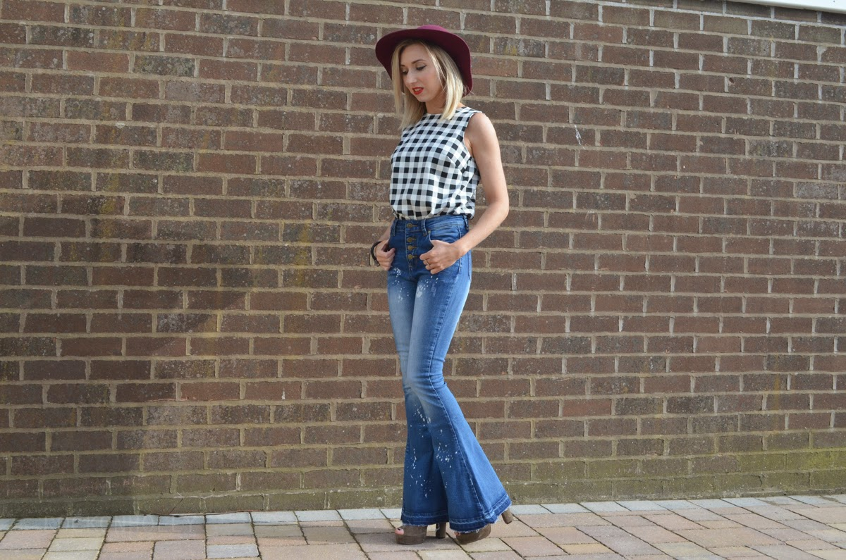 70s style outfit on Rock on Holly