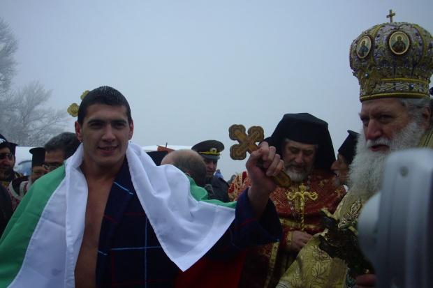 Светлозар Савов разказа пред Росен Петров подробности около ваденето на кръста на Йордановден