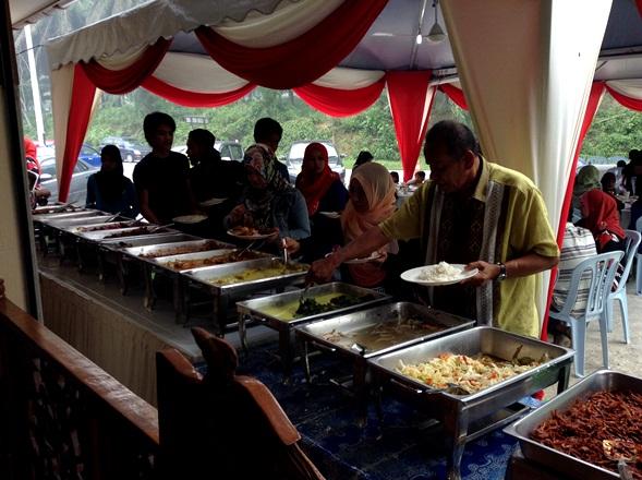 tempahan catering dan tempat-tempat lokasi restoran masakan melayu oriental dan kampung yang sedap dan terbaik di sekitar dengkil jenderam hilir miat mara kajang hulu dengkil putrajaya Selangor,