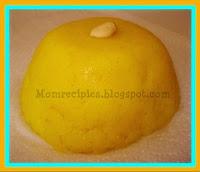 http://www.momrecipies.com/2008/10/rava-kesari.html