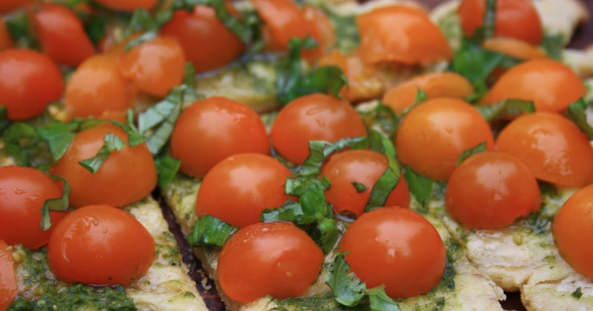 Tomato Tartlets with Goat's Cheese Crust