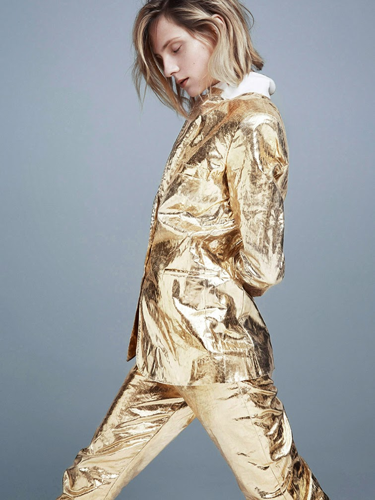 Maria Locks photographed by Andreas Ohlund styled by Columbine Smille for StyleBy magazine, gold foil suit