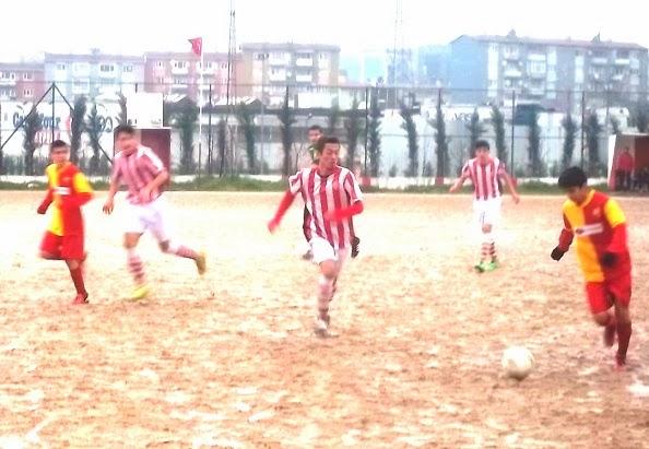 İSTANBUL SİTE 10 KİŞİYLE: 3-0