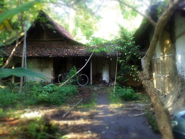 Rumah Nenek Desa Kepuhrubuh