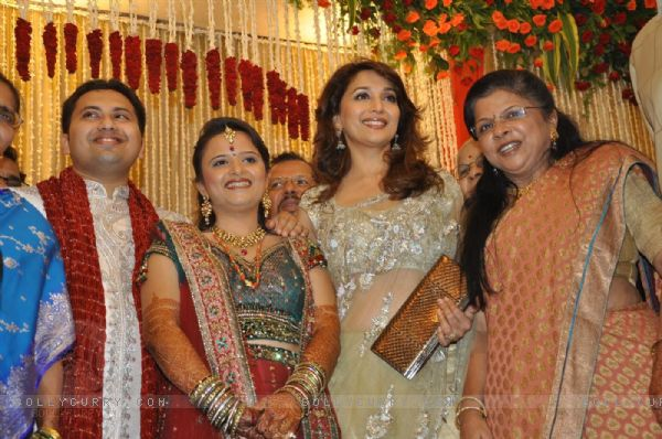madhuri dixit wedding album - photo #9