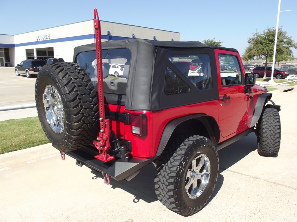 """2010 Jeep Wrangler Rubicon with 18"""" & 35"""" Tires has only ..."""