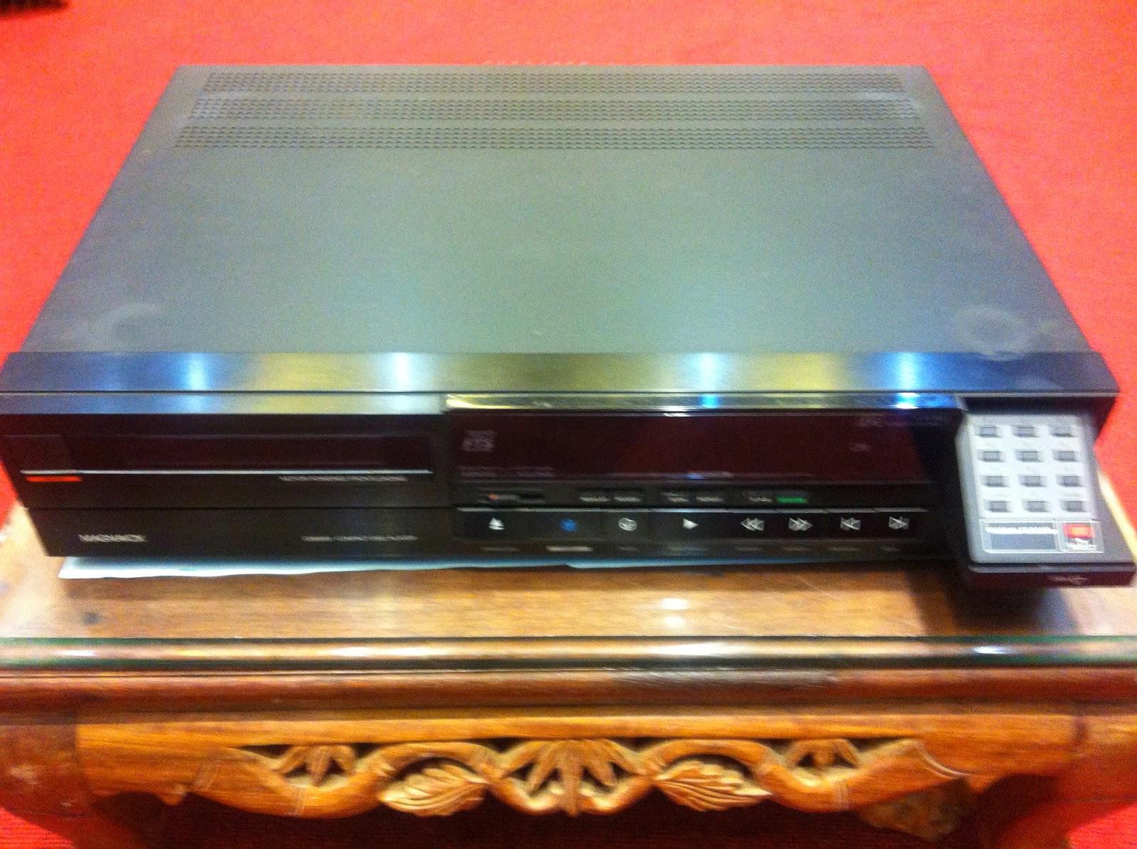 CD player - Magnavox 8650