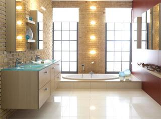 banheiro decorado com tijolo não tratado