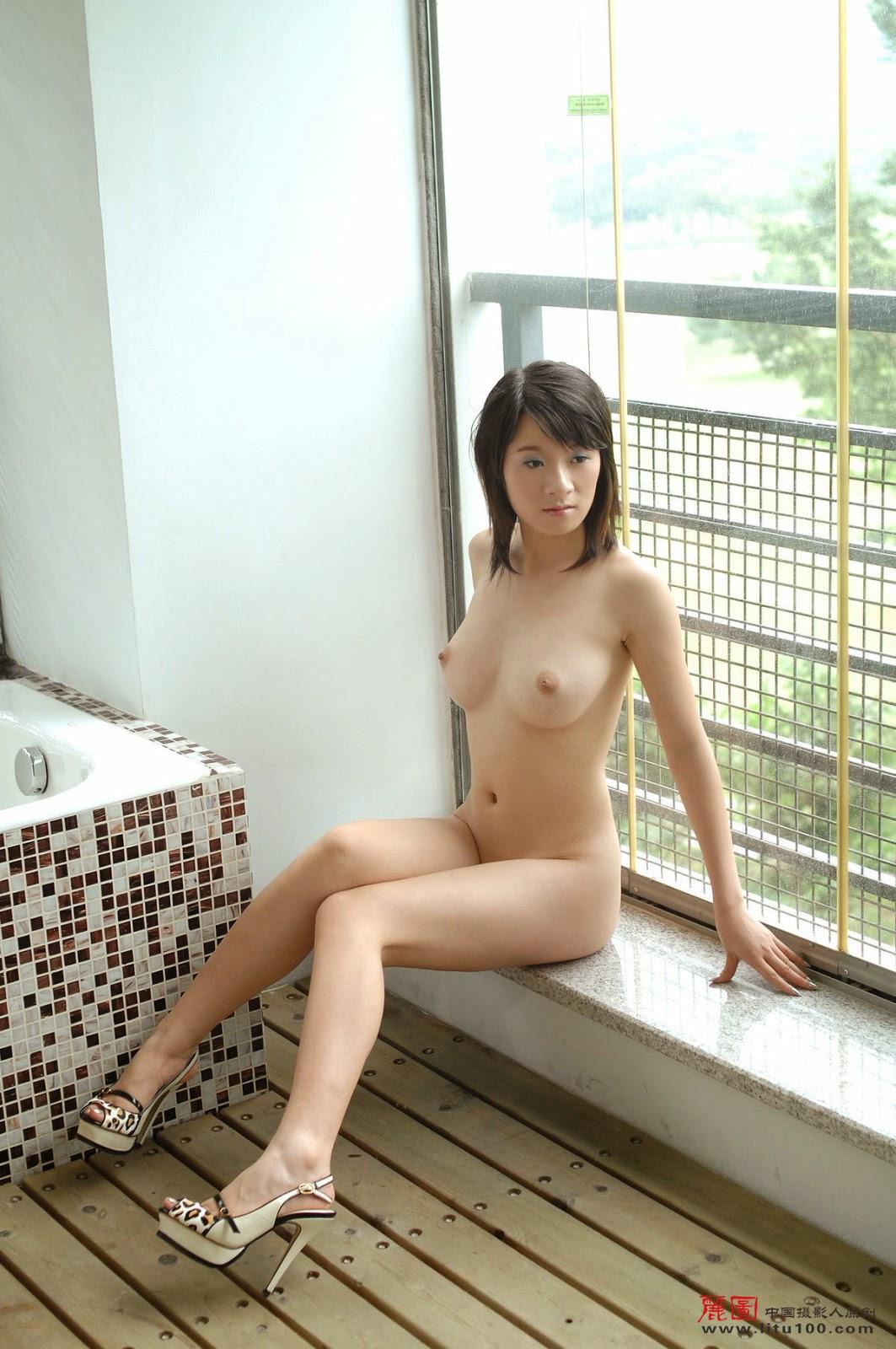 nude girl hard spanking