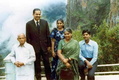 DGS Dhinakaran and his parents and his siblings