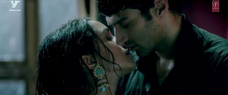 Tum Hi Ho - Aashiqui 2 (2013) Full Music Video Song Free Download And Watch Online at worldfree4u.com
