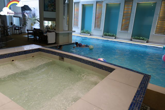 Discovery Suite Ortigas Pool Area