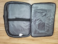 V7® Professional II slim Business Laptop Tasche für Notebooks bis 17 Zoll, gepolstertes Laptopfach und Tablet Fach, wetterbeständiges 420D Nylon, schwarz