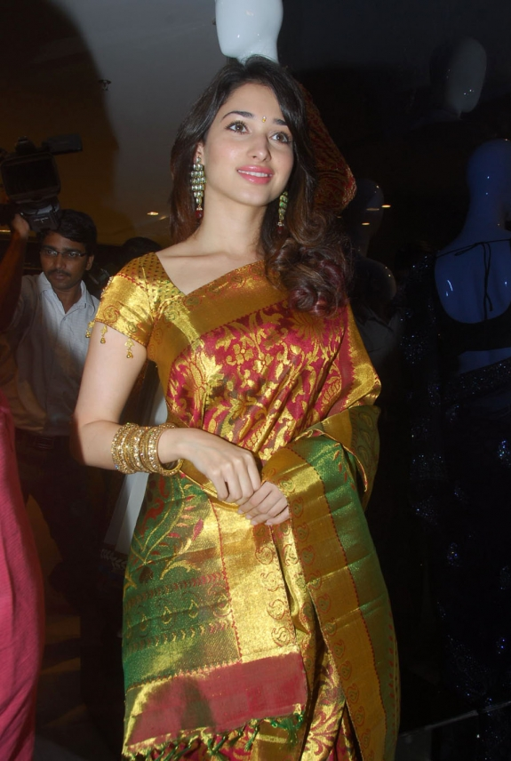 Actress Tamanna New Special Cute Photo Gallery hot photos