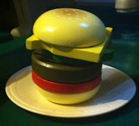 Play kitchen hamburger ~ The Quirky Confessions