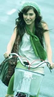 FOTO: Louise Anastasya Pemeran Nyai Genit Di Sinetron RKS