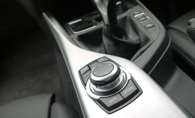 BMW 116d Efficient Dynamics iDrive controller