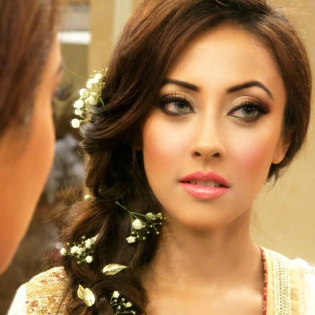 Famous Model Ainy Jaffri images Ainy Jaffriwedding pics