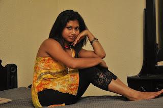 Kavisha Ayeshani sexy bed