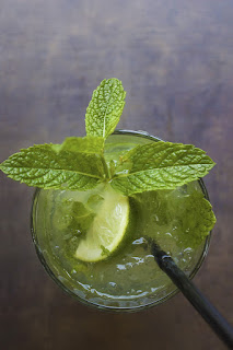 cocktail ananas, soda, gingembre, citron vert, menthe fraîche, rhum