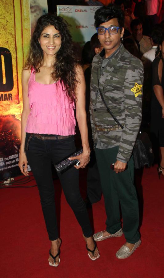 Zila Ghaziabad Movie P...