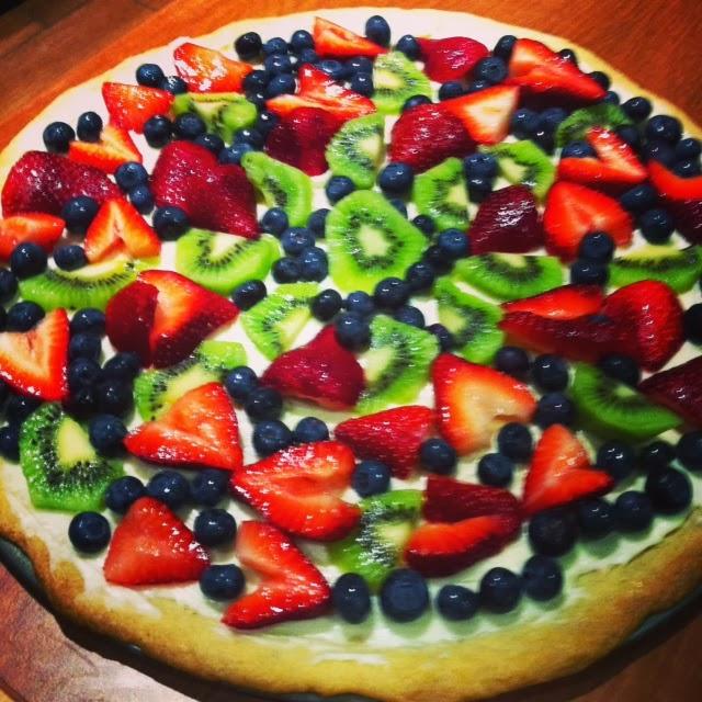 fruit pizza superbowl