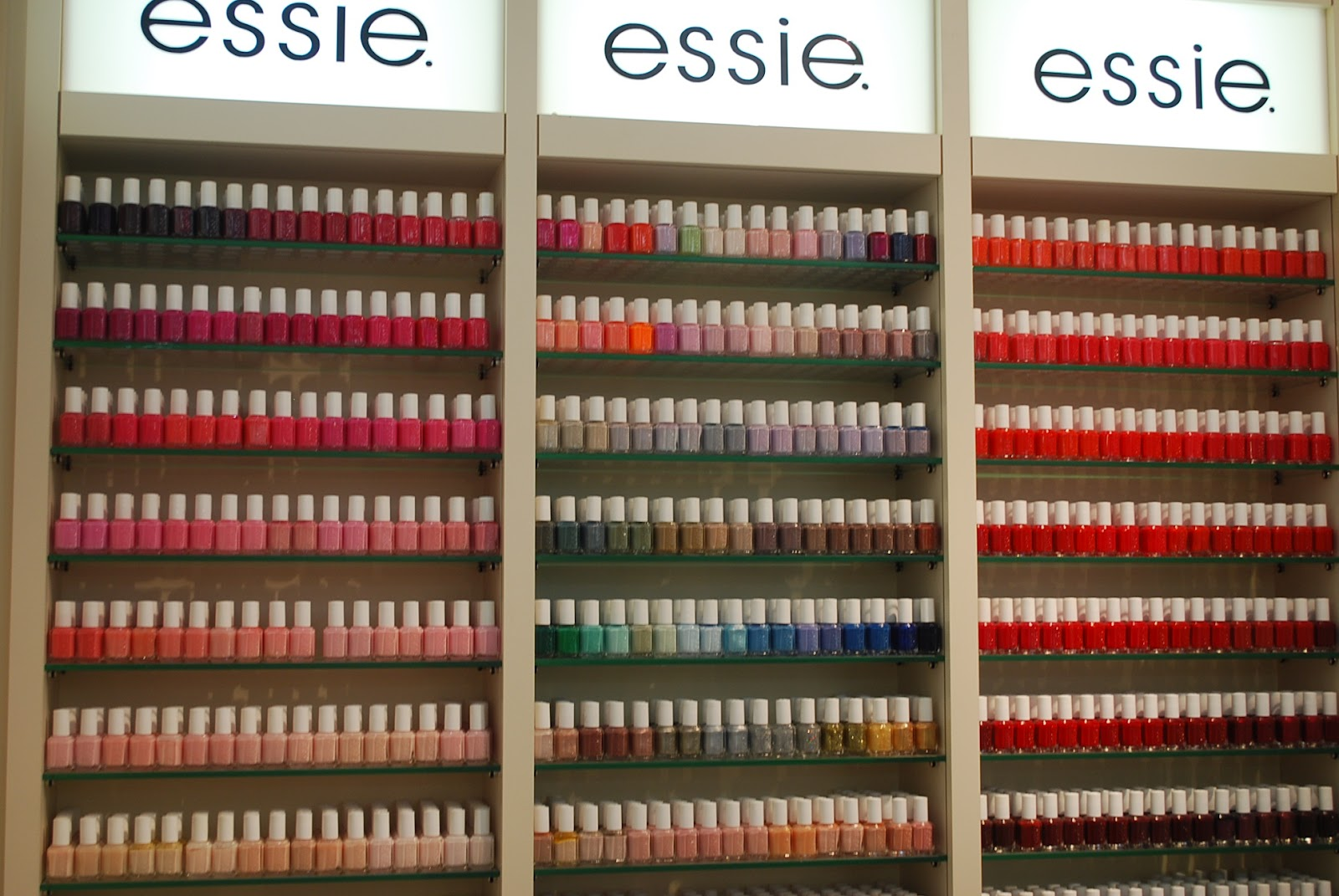 Candy Cake12: essie In The Town
