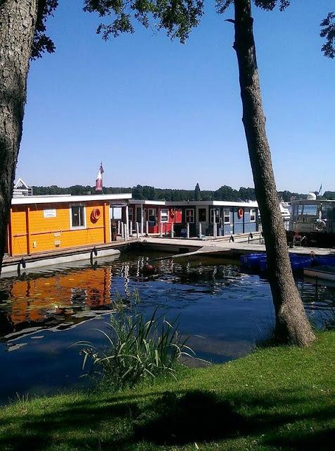 Reisen mit dem Bunbo: Marina am Röblinsee, Fürstenberg/Havel | Arthurs Tochter Kocht by Astrid Paul