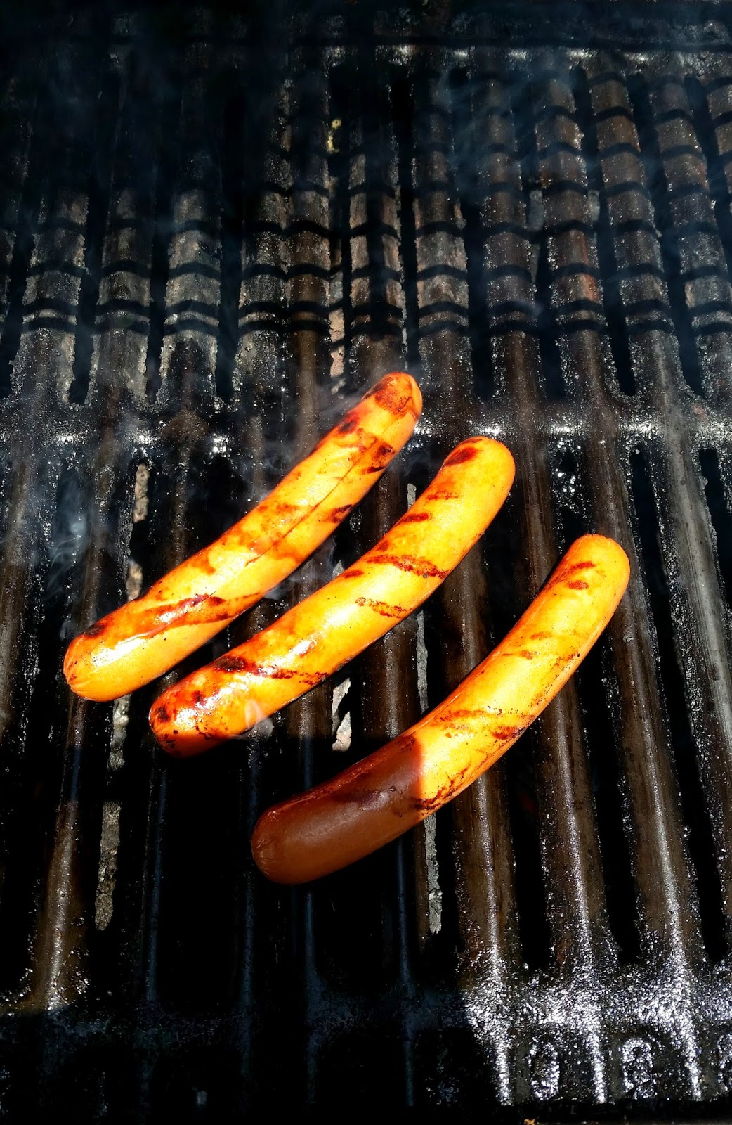 Bacon & Three Cheese Grilled Hot Dogs #PackedWithSavings #shop