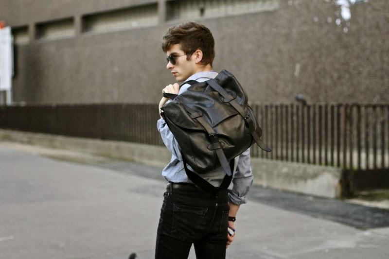 Selected Shirt chemise - Fashop black skinny jeans noir -Maison Martin Margiela Brogues derby artisalnal - urbanears headphones casque - GIVENCHY postbag messenger bag sac - blog mode homme - mensfashion