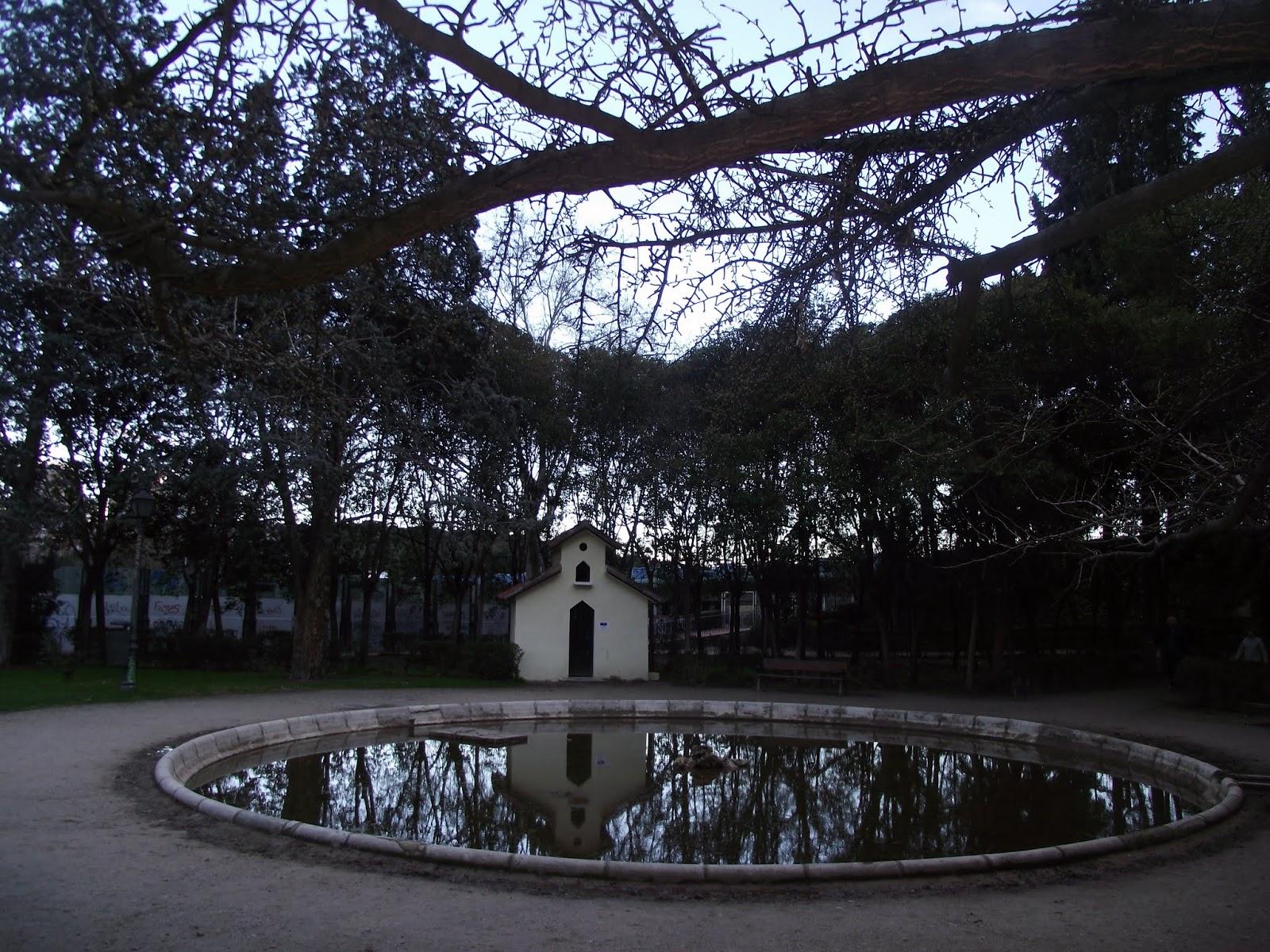 Parque la quinta de la fuente del berro vero4travel for Piscina fuente del berro