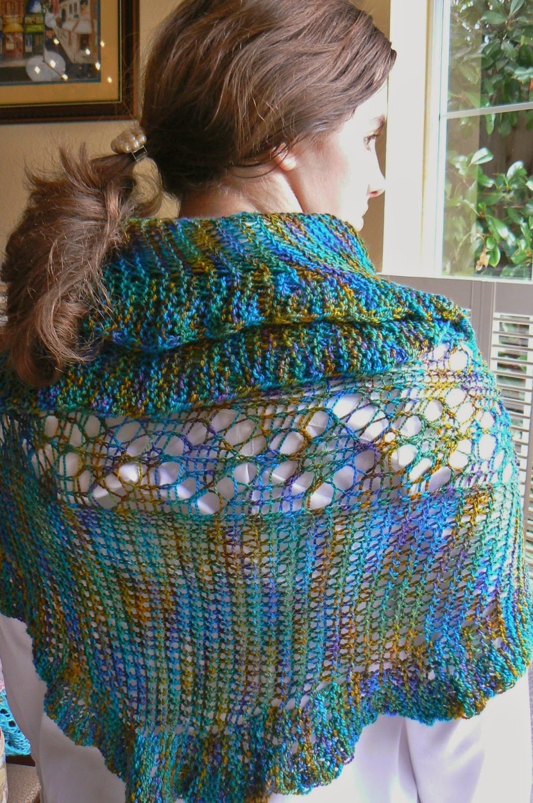 Loom Knit Shawl Pattern : Invisible Loom Innovative Patterns for Loom Knitters: Loom Knit Shawls: From ...
