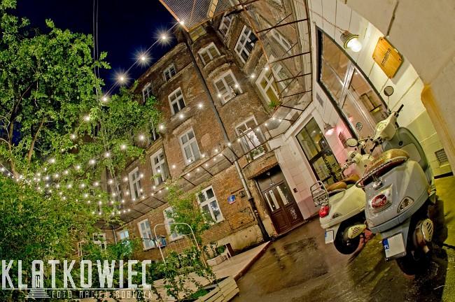 Warszawa: podwórko inaczej