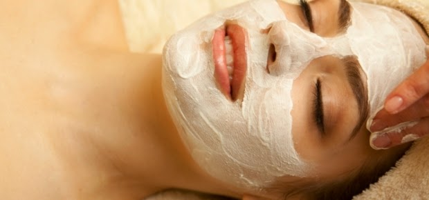 masker wajah alami untuk kulit wajah yang mudah berjerawat
