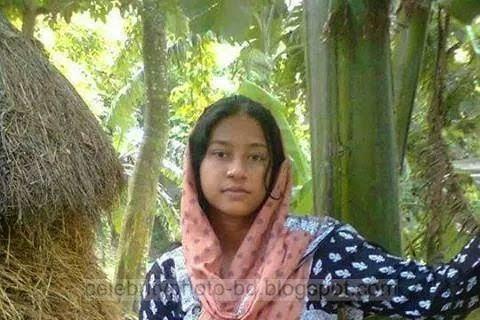 Bangladeshi%2BNormal%2BVillage%2BGirls%2BLatest%2BPhotos012