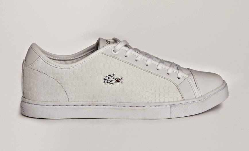 White sneakers_Lacoste